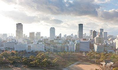 Osaka Skyline - p7980203 von Florian Löbermann