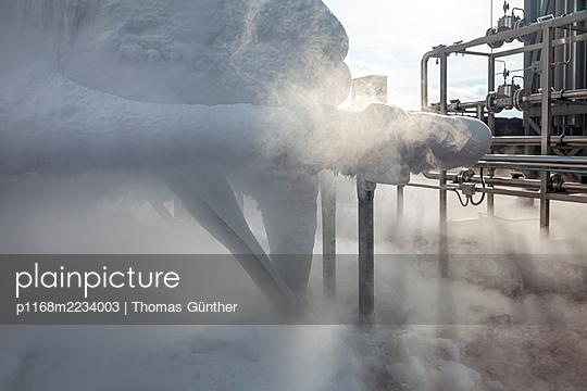 Chemical industry, Frozen Nitrogen - p1168m2234003 by Thomas Günther