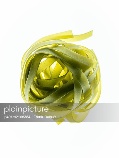 Green Tagliatelle - p401m2168384 by Frank Baquet