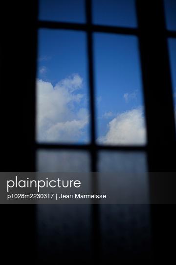 Blue sky - p1028m2230317 by Jean Marmeisse