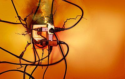 Plug - p3940170 by Stephen Webster