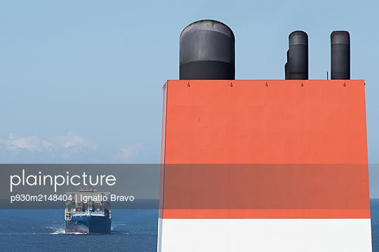Containerschiff - p930m2148404 von Ignatio Bravo
