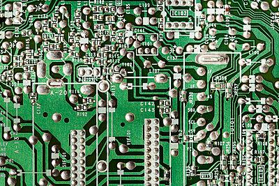 PCB - p1093m891524 by Sven Hagolani