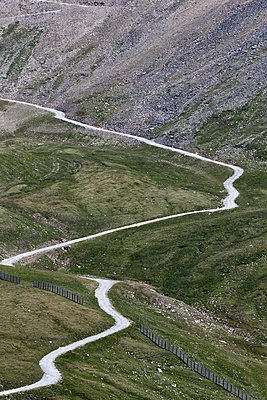 Hiking trail to the summit of Schareck, in the national park Hohe Tauern - p1383m1480791 by Wolfgang Steiner