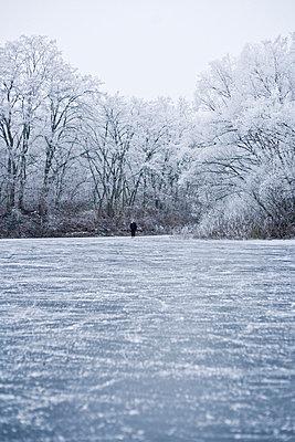 Winter - p2686971 von Christof Mattes