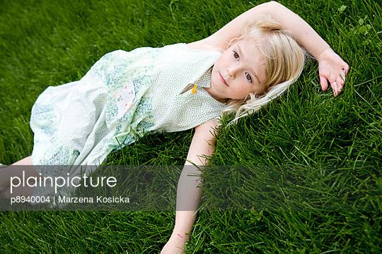 Verträumtes Mädchen - p8940004 von Marzena Kosicka
