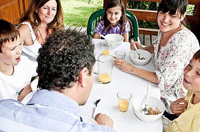 Family breakfast - p42913611f by Chev Wilkinson