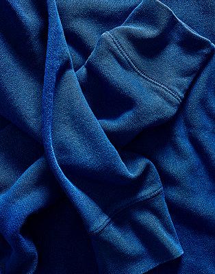 Blue coloured sweatshirt - p1397m2054769 by David Prince