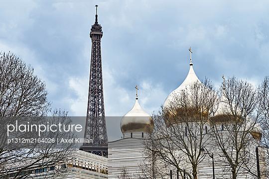 Trinity Cathedra and Eiffel Tower - p1312m2164026 by Axel Killian