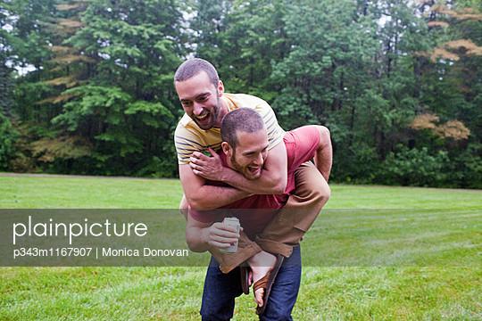 p343m1167907 von Monica Donovan