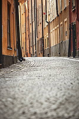 Cobblestone street - p312m1147448 by Johan Alp