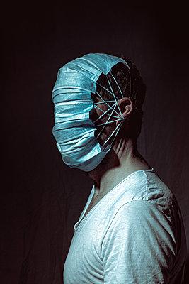 Masken - p750m2210925 von Silveri