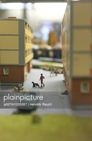Model railway - p627m1035267 by Hendrik Rauch
