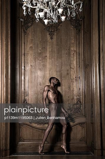 p1139m1195063 by Julien Benhamou