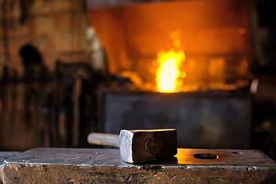 Hammer on anvil at blacksmith's shop - p300m2281448 by Antonio Ovejero Diaz