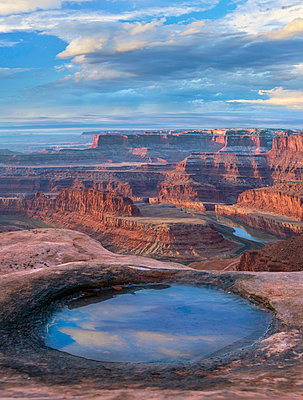 Water in pool at Dead Horse Point overlooking the Colorado River, Canyonlands National Park, Utah - p884m1357041 by Tim Fitzharris