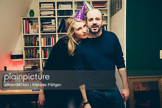 Party - p904m987443 von Stefanie Päffgen
