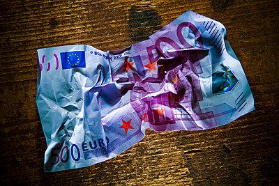 Banknote 500 Euro - p4130323 by Tuomas Marttila