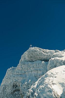 Summit cross - p081m1128562 by Alexander Keller