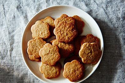 santa lucia ginger cookies - p1379m1492400 von James Ransom