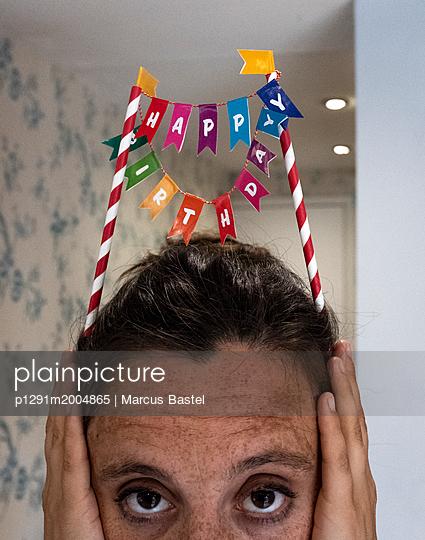 Happy Birthday - p1291m2004865 by Marcus Bastel