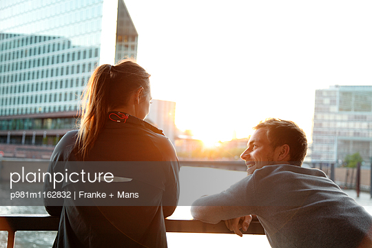 Schöner Moment - p981m1162832 von Franke + Mans