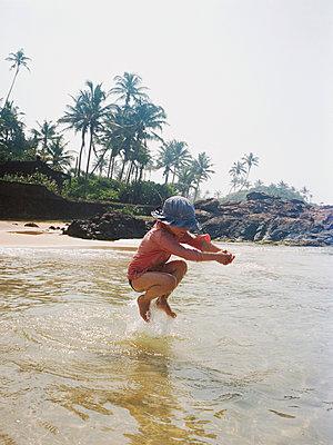 Sri Lanka - p1215m1026311 by Kim Keibel