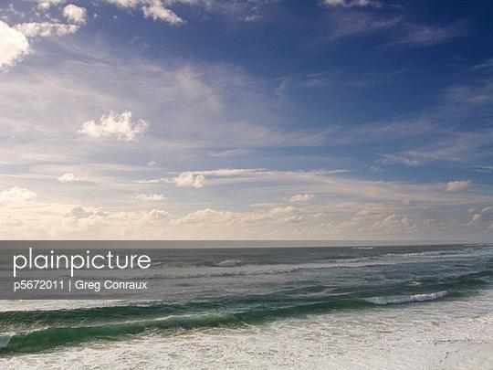 Himmel und Meer - p5672011 von Greg Conraux