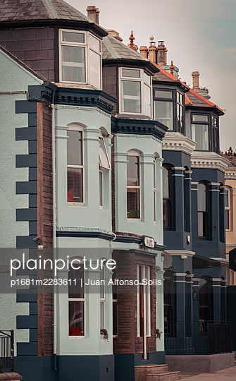 Row of houses, Newcastle, Northern Ireland - p1681m2283611 by Juan Alfonso Solis