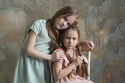 Sisters - p1476m2027017 by Yulia Artemyeva