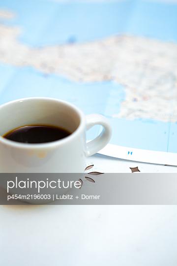 Vacation trip  - p454m2196003 by Lubitz + Dorner