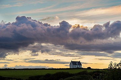 Lonely House - p395m938503 by John Weber