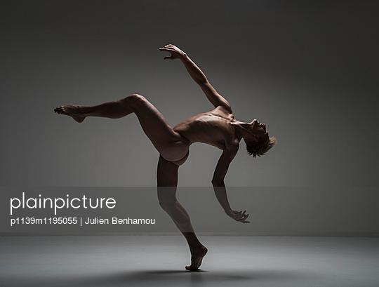 Tänzer - p1139m1195055 von Julien Benhamou