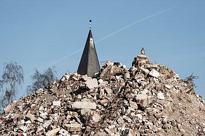 Kirchturm - p220m1220729 von Kai Jabs