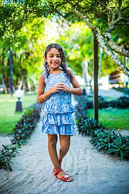 Girl, portrait - p680m1511657 by Stella Mai