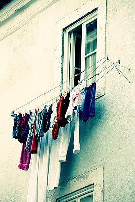 Clothes on line in Lisboa - p4320501 by mia takahara