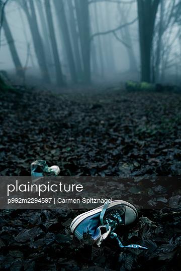 Verbrechen - p992m2294597 von Carmen Spitznagel