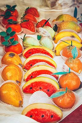 Marzipan fruit - p382m2196291 by Anna Matzen