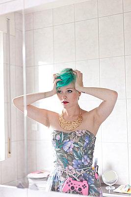Bad Hair Day - p978m902785 by Petra Herbert