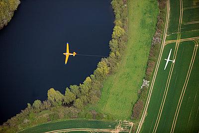 Aerotow - p1016m1025666 by Jochen Knobloch