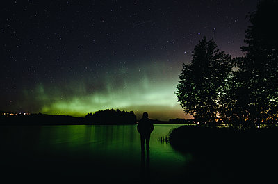 Northern Lights in Finland - p1455m2054147 by Ingmar Wein