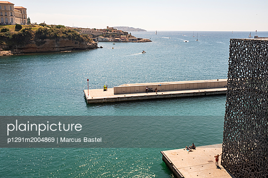 At the waterfront - p1291m2004869 by Marcus Bastel