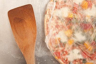 Verpackte Pizza - p4541626 von Lubitz + Dorner