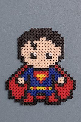 Homemade super heroes - p788m1540370 by Lisa Krechting