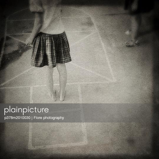 p378m2010030 von Flore photography