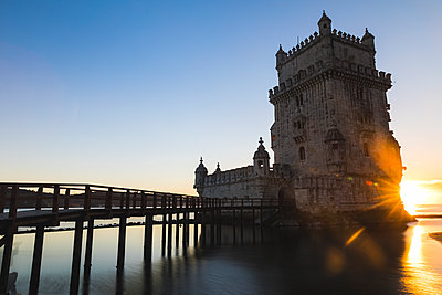 Portugal, Lisbon, Belem Tower at sunset - p300m1587802 by William Perugini
