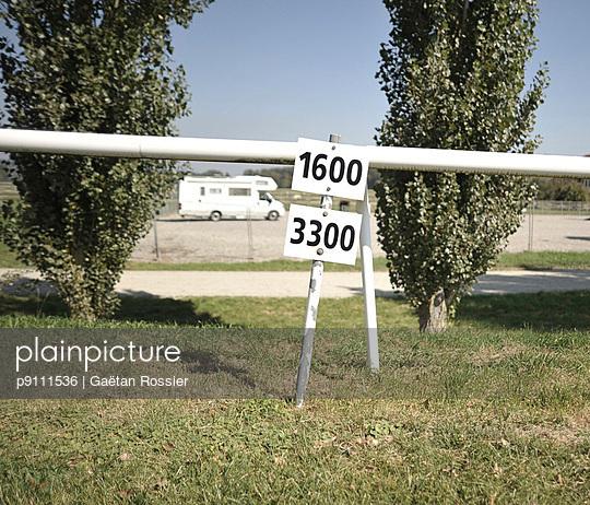 Hippodrome - p9111536 by Gaëtan Rossier