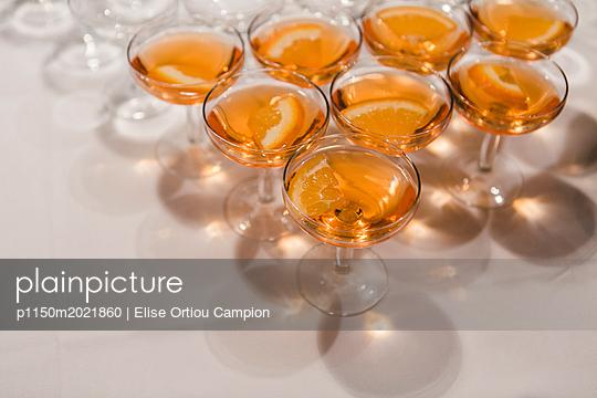 Aperitif - p1150m2021860 von Elise Ortiou Campion