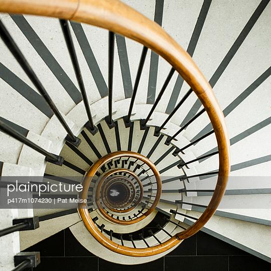 Treppenhaus - p417m1074230 von Pat Meise