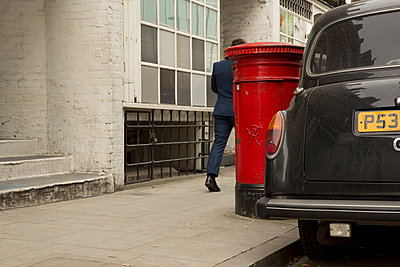 London Taxi - p1291m1116134 by Marcus Bastel